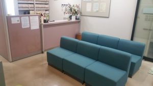 千葉県市川市の婦人科継承案件受付待合室