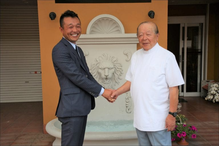 中村雅一先生と記念写真