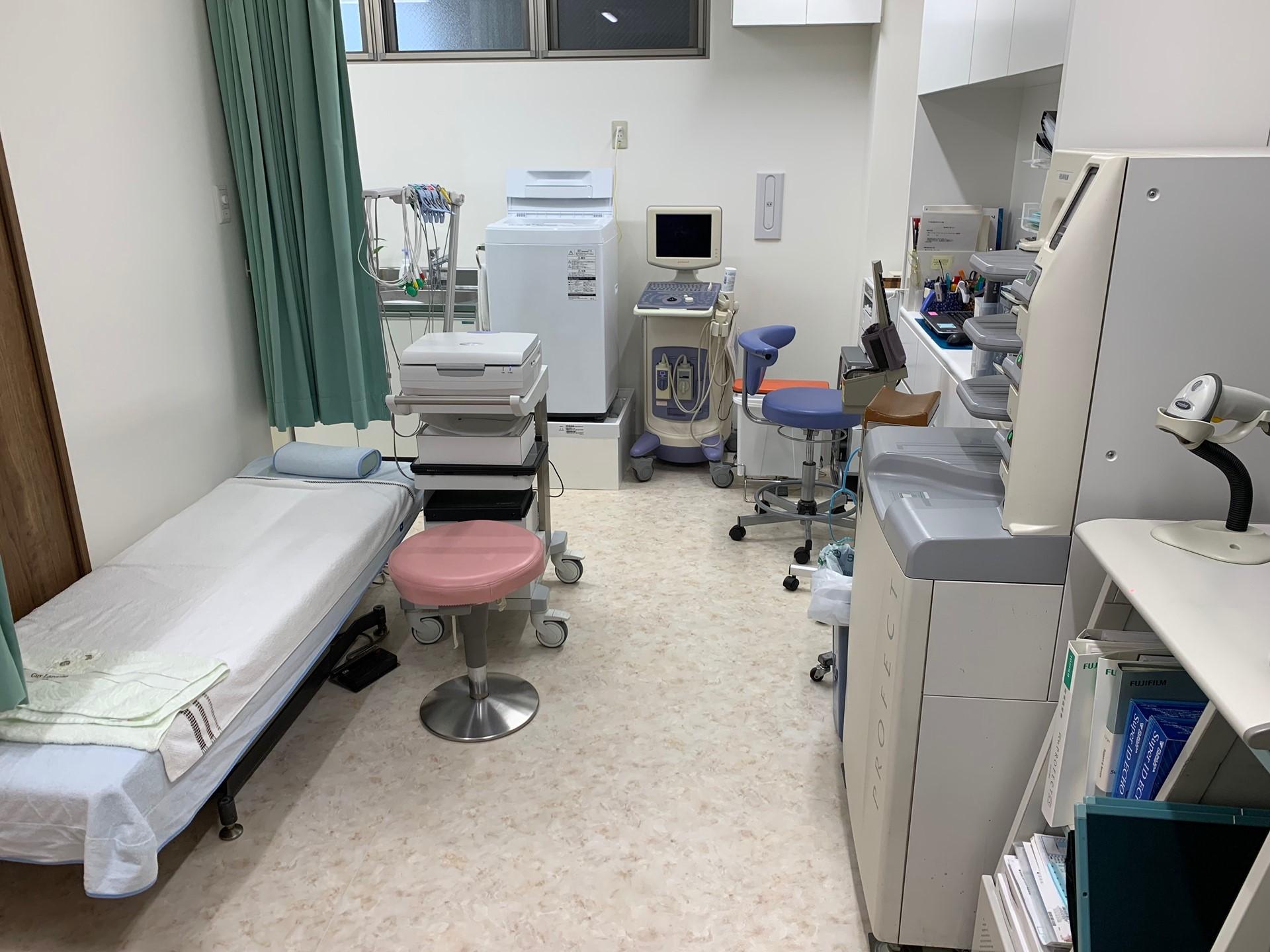 千葉県市川市ひろ消化器内科クリニック処置室